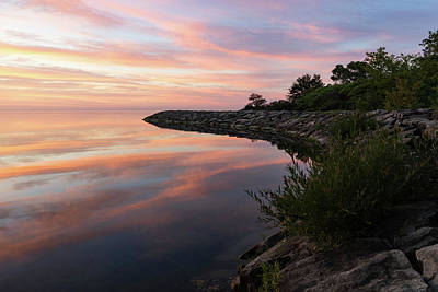 Photograph - Colorful Cove - Still And Soft Dawn On Lake Ontario by Georgia Mizuleva