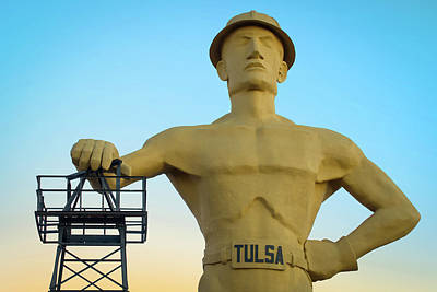 Photograph - Colorful Dawn At The Tulsa Oklahoma Driller by Gregory Ballos