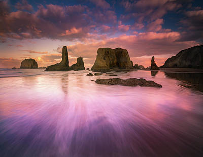 Photograph - Colorful Flux From Seastacks by William Lee