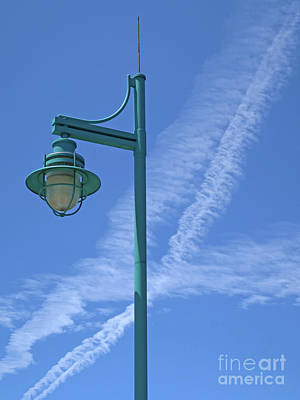 Photograph - Colorful Lamppost by Ann Horn