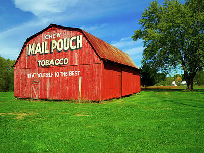 Mail Pouch Photograph - Colorful Mail Pouch Tobacco Barn by Mountain Dreams