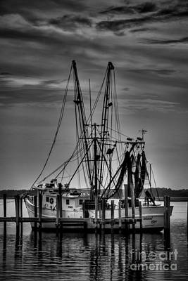 Photograph - Colorless Sunset by Dave Bosse