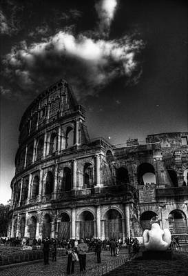 Coloseo 2 Art Print by Brian Thomson