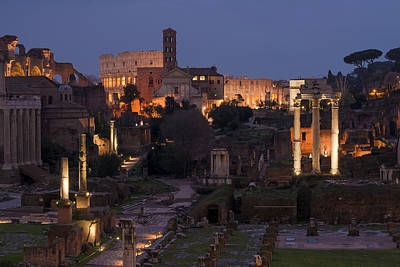 Photograph - Colosseum And Forum by Gary Lengyel