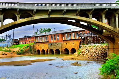 Photograph - Columbia Canal At Gervais Street Bridge by Lisa Wooten