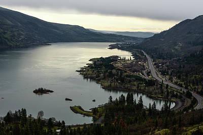 Photograph - Columbia From Rowena Crest by Tom Cochran
