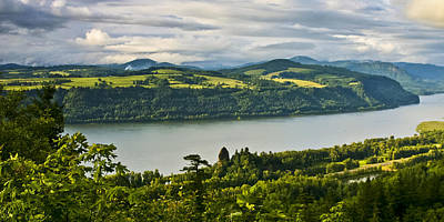 Columbia Gorge Scenic Area Art Print
