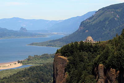 Photograph - Columbia River Gorge Vista House by Joseph Skompski