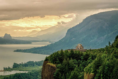 Photograph - Columbia River by Maria Coulson