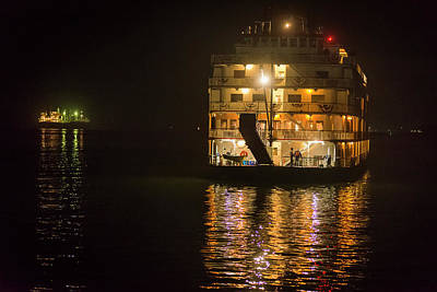 Photograph - Columbia Riverboat by Robert Potts