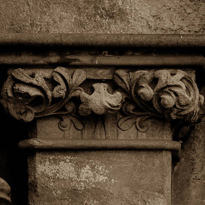 Photograph - Column Capital K West Facade Of Wells Cathedral by Jacek Wojnarowski