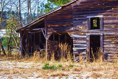 Photograph - Coming Apart With Character Barn by Roberta Byram