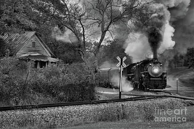 Photograph - Coming Home by Rick Lipscomb