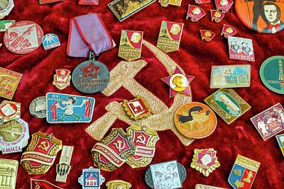 Photograph - Communist Memorabilia by Fabrizio Troiani