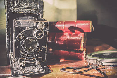 Photograph - Compur - Vintage Camera by Colleen Kammerer
