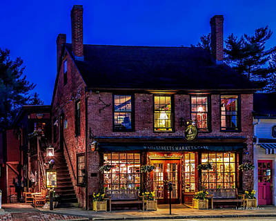 Concord Ma Photograph - Concord Market And Cafe by Larry Richardson
