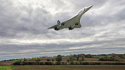 Photograph - Concorde - High Speed Pass_2 by Paul Gulliver