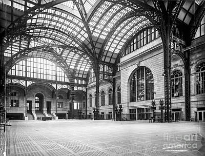 Concourse Pennsylvania Station New York Art Print by Russ Brown