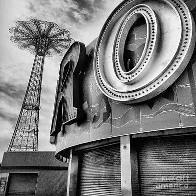 Luna Park Photograph - Coney Island Usa by HD Connelly