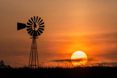 Wind Mills Photograph - Connecticut Summer Sun by Bill Wakeley