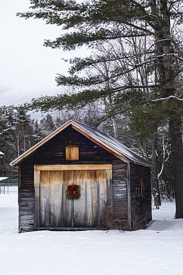 Photograph - Connie Davis Watson Park In Conway New Hampshire Shack by Toby McGuire