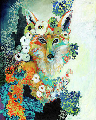 Animals Paintings - Contemplating Pearls by Jennifer Lommers
