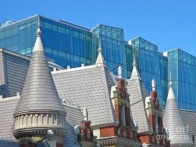 Contrasting Architecture Original