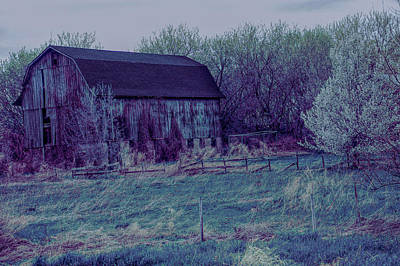Photograph - Cool Sunset Rustic Barn by Aimee L Maher Photography and Art Visit ALMGallerydotcom