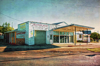 Photograph - Cootamundra Garage by Stuart Row