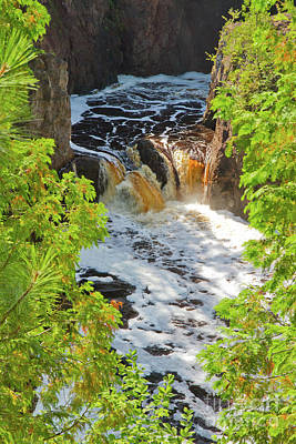 Photograph - Copper Falls by Kevin McCarthy