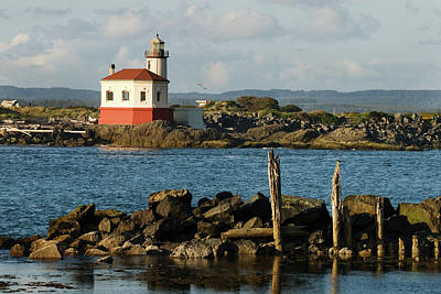 Photograph - Coquille River Lighthouse Bandon Oregon by Renee Hong