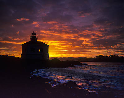 Photograph - Coquille River Lighthouse Sunrise by Robert Potts