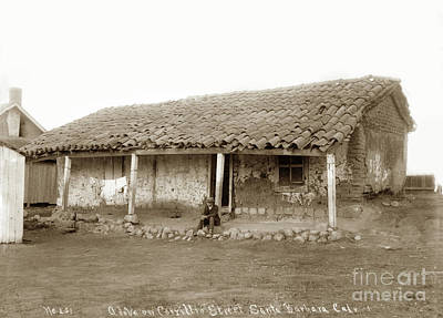 Photograph - Cordero Adobe On Corrillio Street, Santa Barbara by California Views Mr Pat Hathaway Archives
