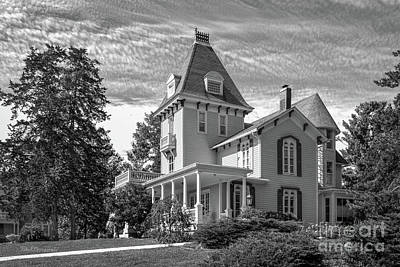 Cornell College Photograph - Cornell College President's House by University Icons