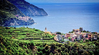 Photograph - Corniglia On The Coast by Scott Kemper