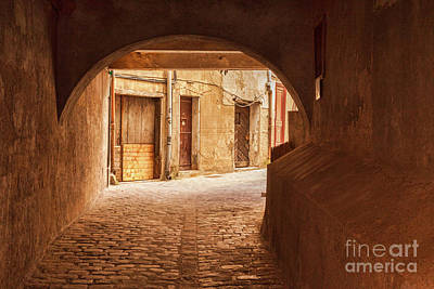 Photograph - Coronell Del Spital, Perpignan by Colin and Linda McKie