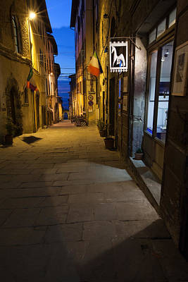 Photograph - Cortona Via Roma by Al Hurley