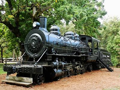 Photograph - Corvallis Steam Engine by VLee Watson