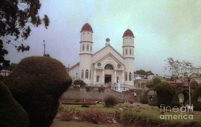 Photograph - Costa Rica Church Garden by Ted Pollard