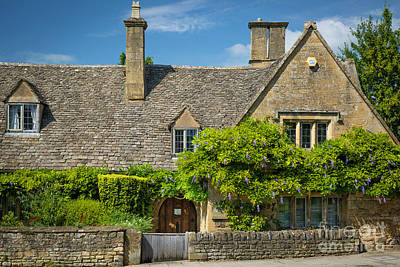 Photograph - Cotswolds Wysteria by Brian Jannsen