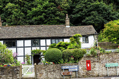 Photograph - Traditional Cheshire Cottage At The Crossroad by Brenda Kean