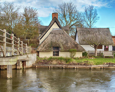 Photograph - Cottage On The Stour by Leah Palmer