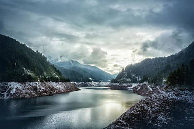 Photograph - Cougar Reservoir On A Snowy Day by Belinda Greb