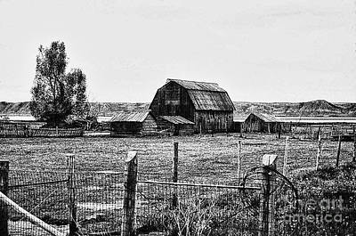 Country Barn 1 Art Print by Chris Berry