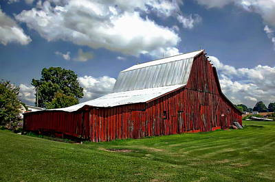 Landscape Photograph - Country Barn by Anthony Dezenzio
