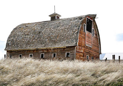 Photograph - Country Barn II by Athena Mckinzie