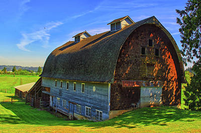 Photograph - Country Barn by Tikvah's Hope