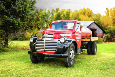 Photograph - Country Life - 1946 Gmc Truck by TL Mair