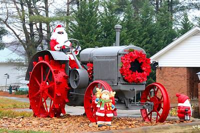 Photograph - Country Santa 1 by Kathryn Meyer