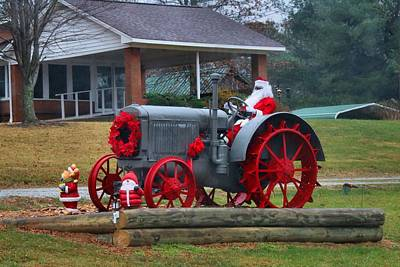 Photograph - Country Santa 2 by Kathryn Meyer